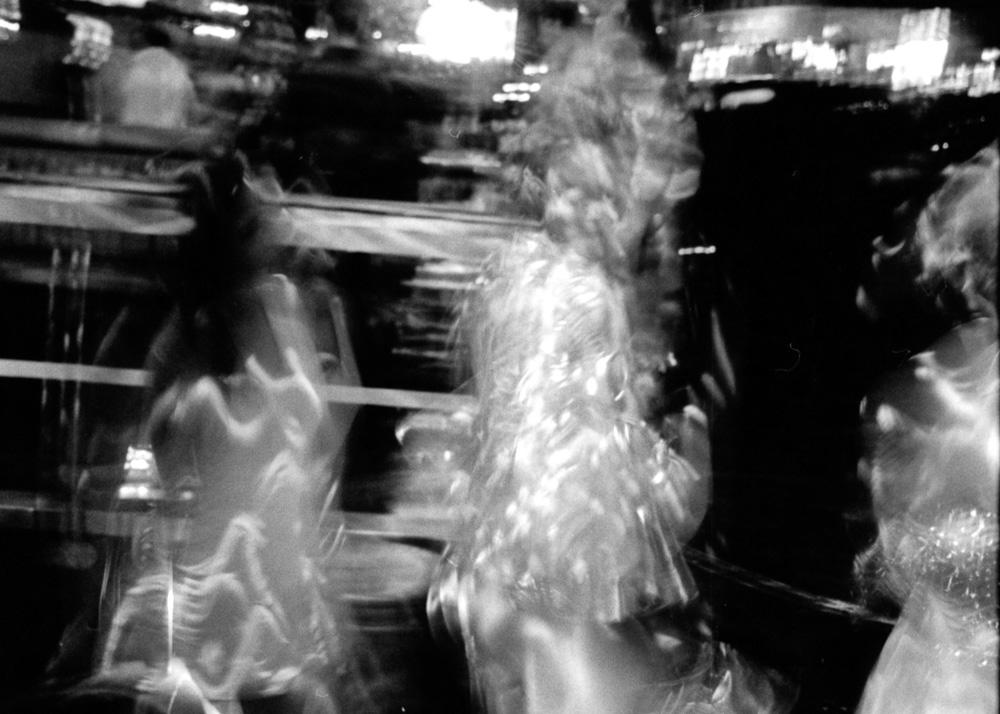 هوامش للّعب (٦): فضاءات محمومة ومُلطّخة